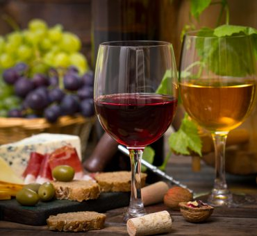 Treat yourself to a tour of Heraklion's wine country