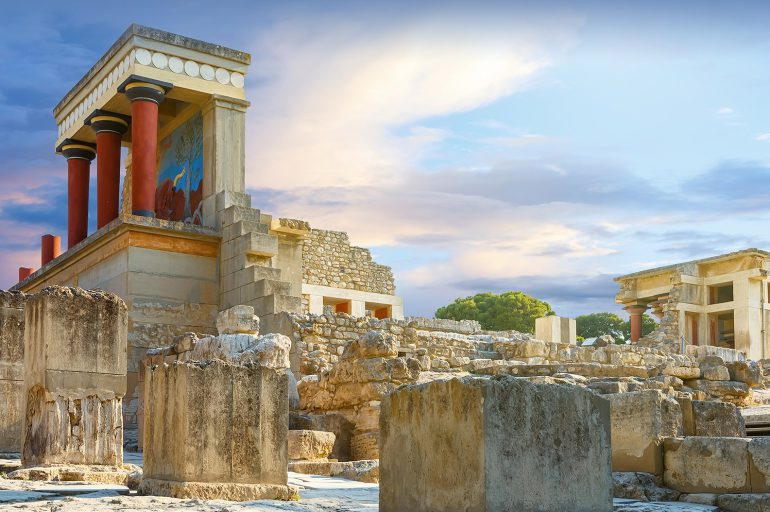 Minoan Adventures: Take a Day Trip to Knossos