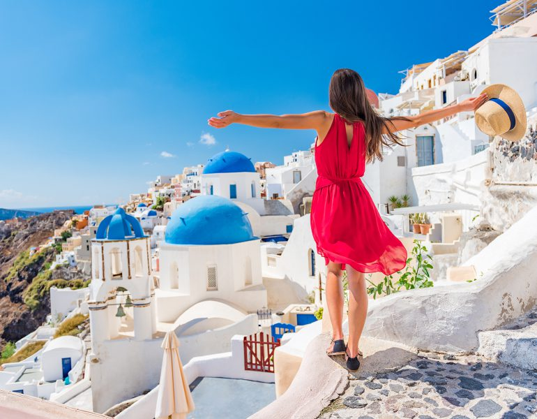 A perfect Day Trip to Santorini