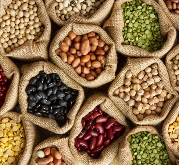 Legumes, the king of the Cretan diet