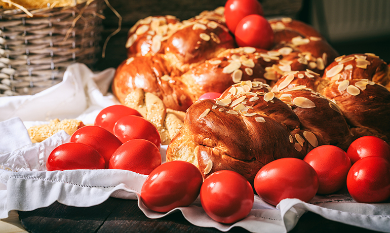 Food and Traditions of the Greek Orthodox Easter